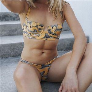 Boys and arrows tiger bikini set